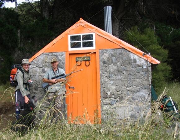 Hunters arrive at historic Shutes Hut; photo David Yule.