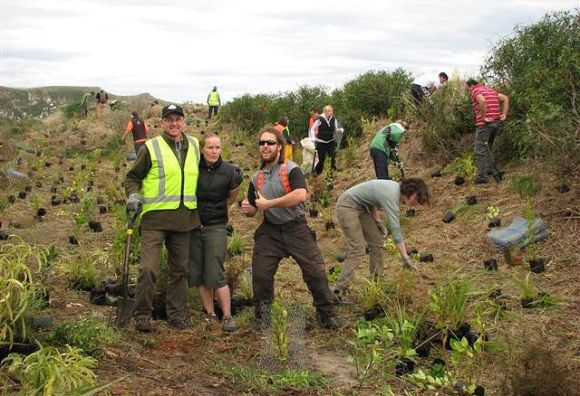 Yellow-eyed Penguin Trust planting
