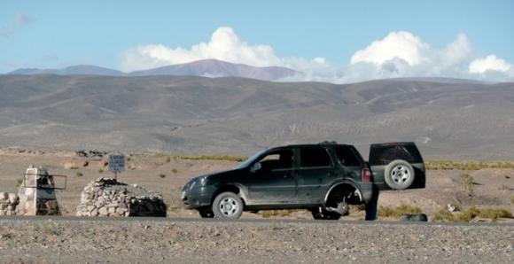 Laura's broken down car on the Salinas.