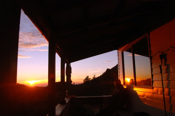 Sunrise at Pinnacles Hut, Mt Somers.