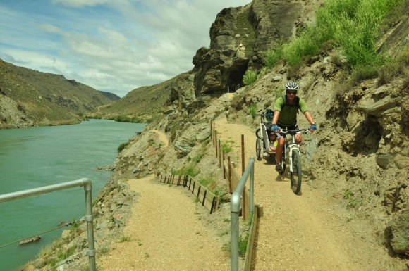 Biking the Roxburgh Gorge.