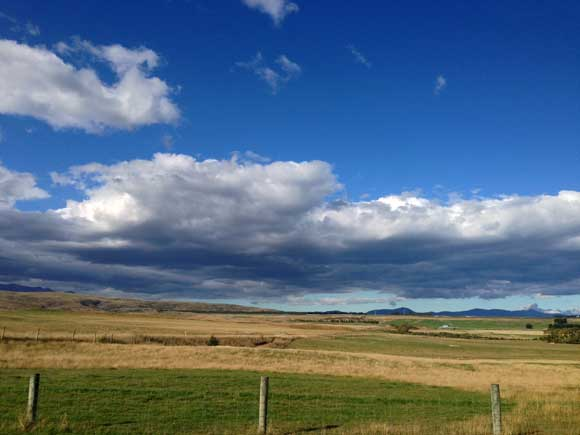 Big sky at Wedderburn. Photo: Ged Taylor.