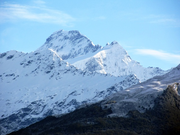 Mount Aspiring / Tititea is New Zealand's highest mountain outside the Aoraki/Mount Cook region