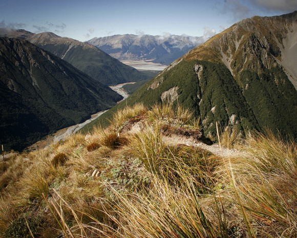 Looking south along the Bealy River, past Mt Bealy. Photo: Jason Blair | CC BY-NC-SA 2.0