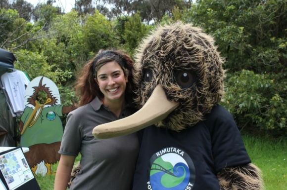 Amy with Rimu the kiwi at Rimutaka Forest Park.