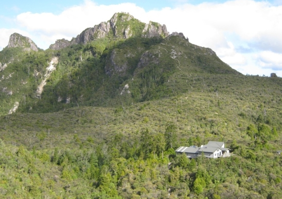 Pinnacles Hut.