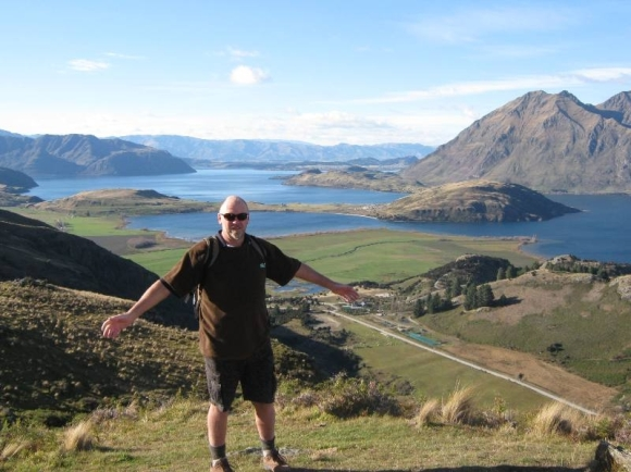Pete walking the Diamond Lake Walk at Lake Wanaka.