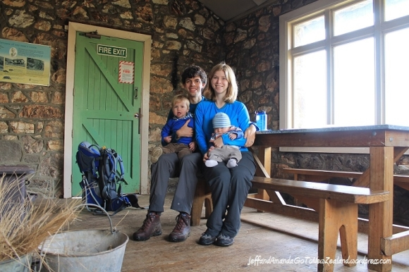 Family visit to the Sign of the Packhorse hut. Photo: http://jeffandamandagotonewzealand.wordpress.com/.