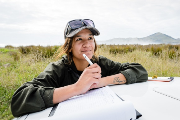 Uawanui Sustainability Project Bio Blitz. Tolaga Bay. Tatarahake field trip. Photo: Mark Coote ©