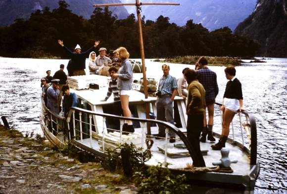 Freedom Walkers arriving at Sandfly Point by boat in 1965.