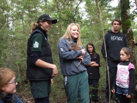 Tauhara College student Hayleigh Pine releases Kindara into the Karioi Rāhui.