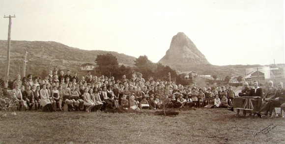 Arbor Day 1936 at Moturoa School.