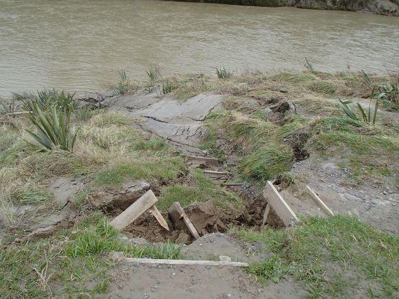 Damaged steps at Tieke canoe landing.