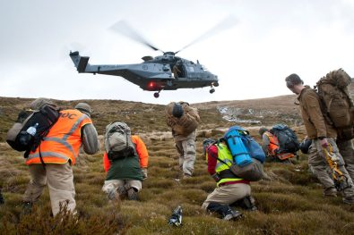 DOC working alongside the NZDF to shift Mt Fell Hut. Photo: Corporal Amanda Mcerlich.