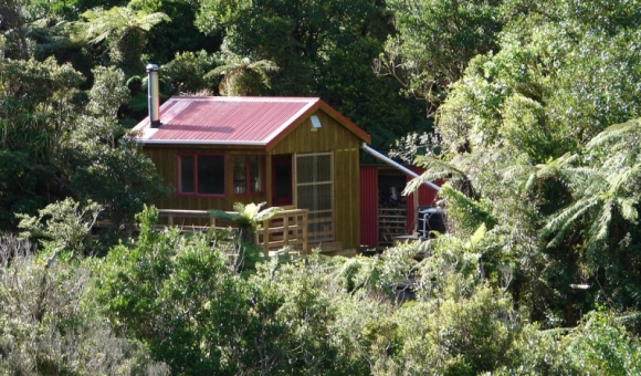 North Ohau Hut, Tararua Forest Park.