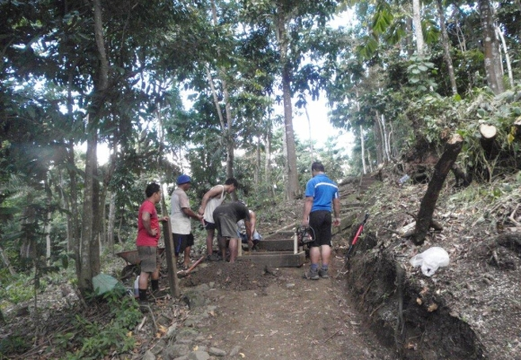 Ken Bradley's team of rangers in Samoa construct the new track above Apia.