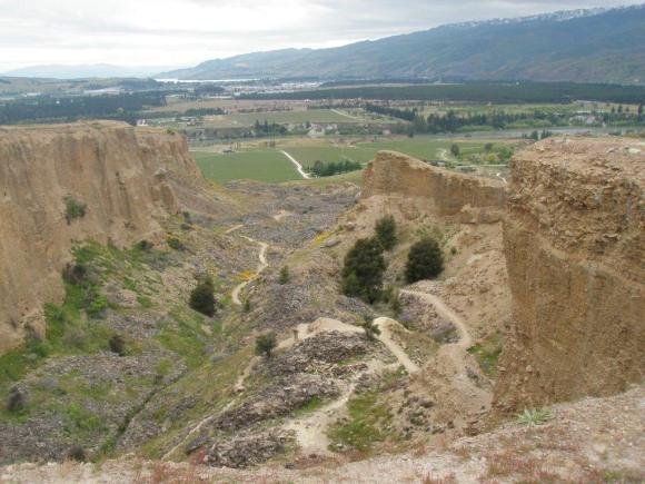 Bannockburn Sluicings track 📷: Sonya Sawyers, Supervisor, Tititea / Mount Aspiring National Park Visitor Centre